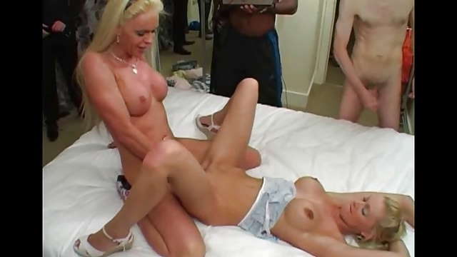 Pussy fucked by big shemale cock